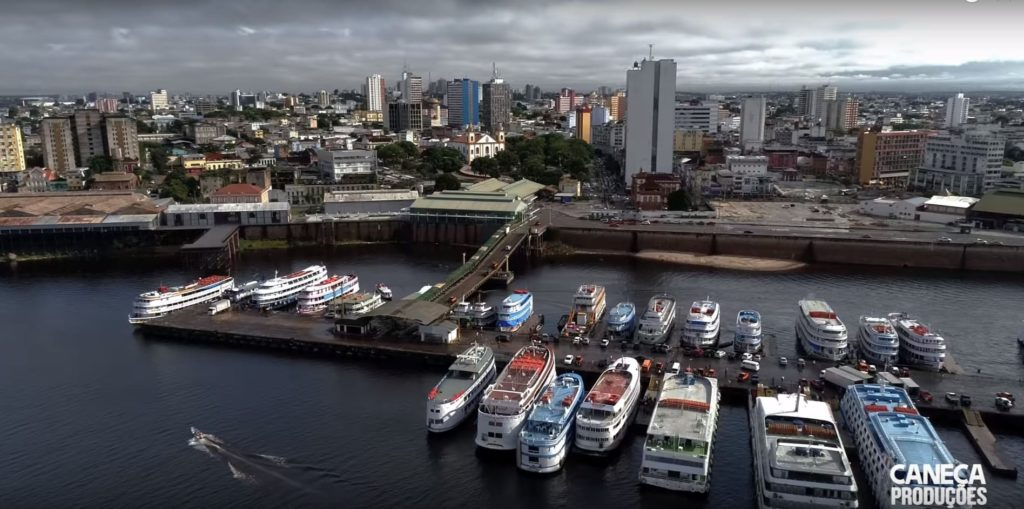 Город Манаус в Бразилии